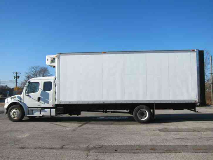 Freightliner M2 2006 Medium Trucks