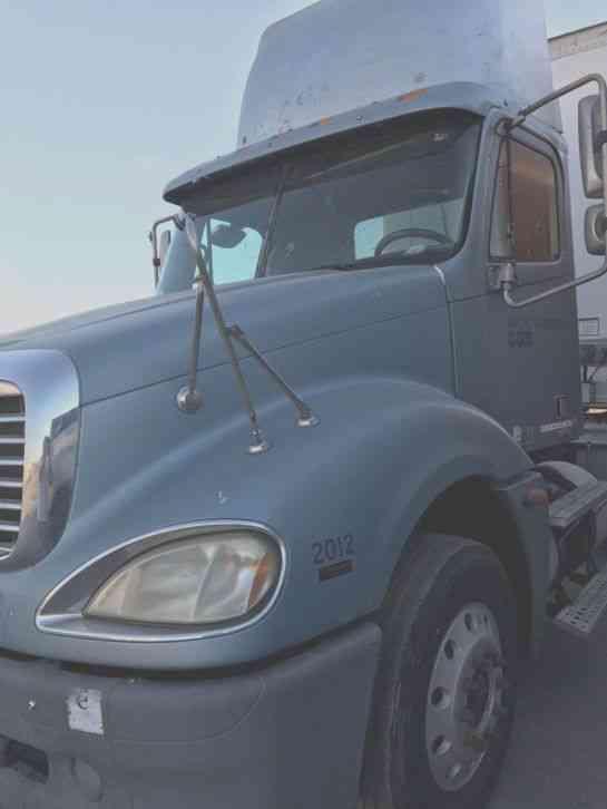 Freightliner Of Nh >> Freightliner 2006 Daycab Semi Trucks