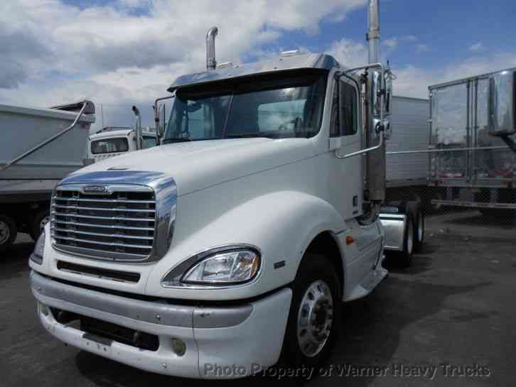 Freightliner columbia day cab 2006 daycab semi trucks for Freightliner mercedes benz