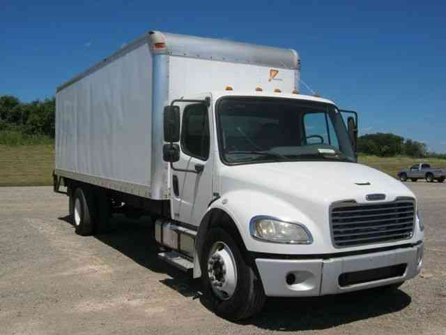 Freightliner m2 106 2006 medium trucks for Freightliner mercedes benz