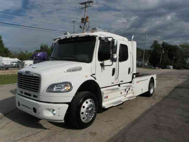 Freightliner M2 SPORT CHASSIS (2006)