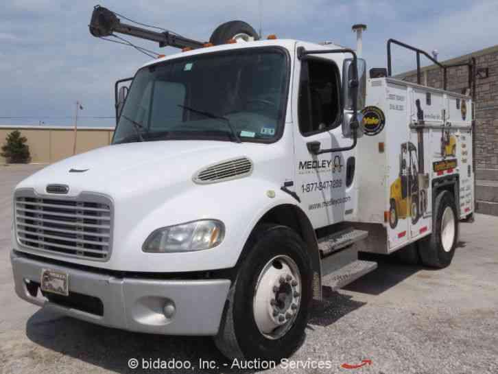 Freightliner M2 2006 Utility Service Trucks