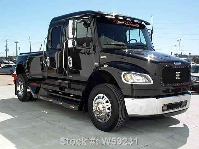 Freightliner Sport Chassis M2 Bussiness Diesel  2006
