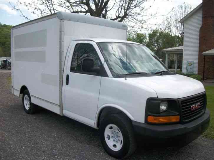 Gmc 3500 Savana 2006 Van Box Trucks