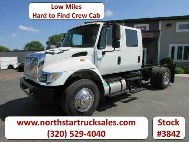 International 7300 2x4 Crew-Cab Cab Chassis -- (2006)