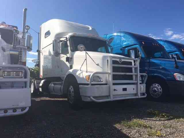international 9200i 2006 sleeper semi trucks rh jingletruck com international 9200 manual 2000 International 9200I