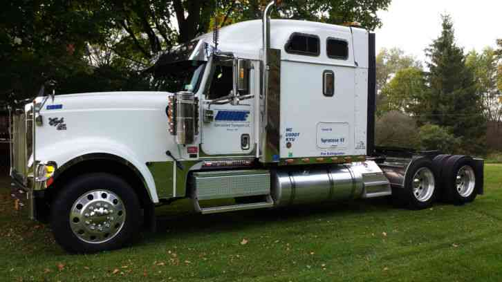 International 9900ix 2006 Sleeper Semi Trucks