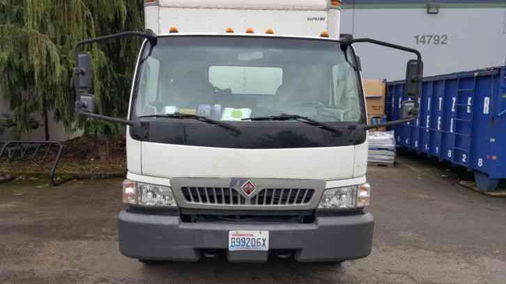 International Cf500 2006 Van Box Trucks