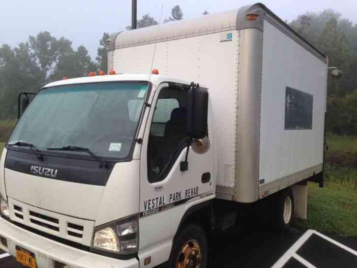 98c04192ead99b ISUZU NPR (2006)   Van   Box Trucks