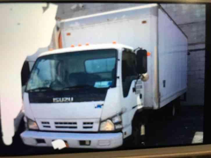 Isuzu NPR (2006) : Van / Box Trucks