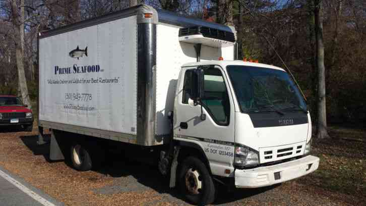 Isuzu Npr Hd 2006 Van Box Trucks