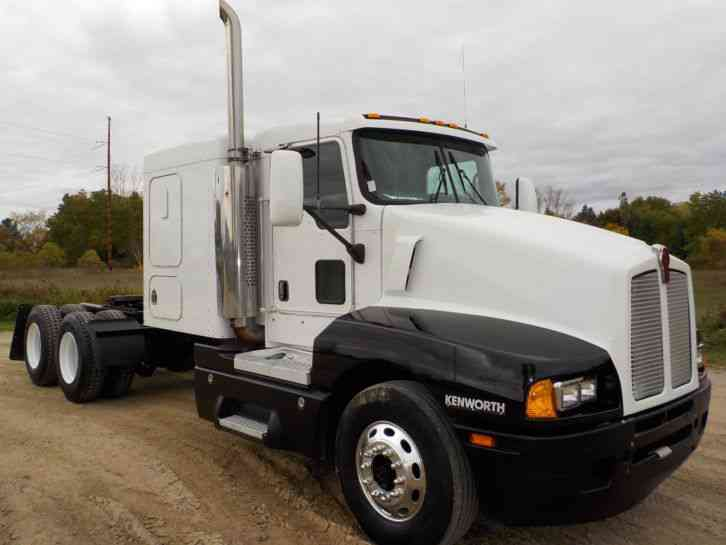Truck Volvo For Sale >> Kenworth T600 (2006) : Sleeper Semi Trucks