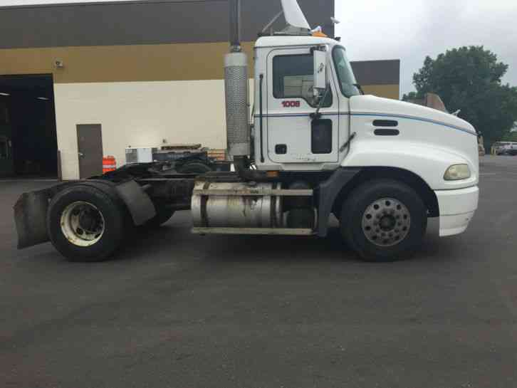 Mack Single Axle Trucks With Sleepers : Mack cx sleeper semi trucks