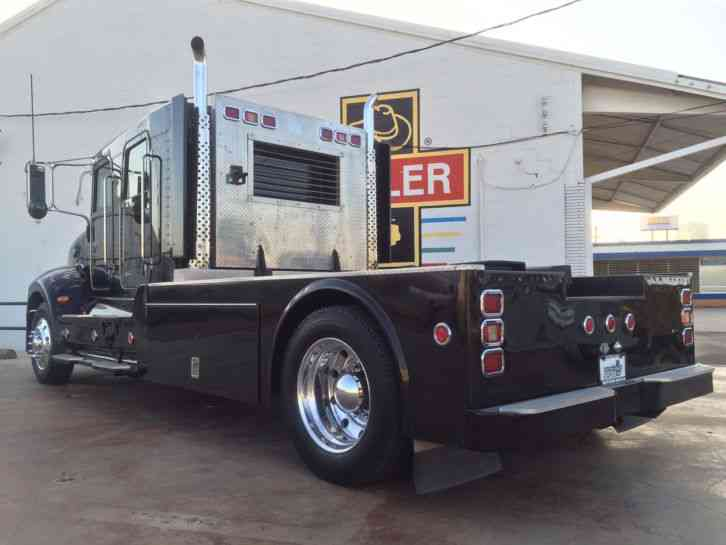 Peterbilt 335 2006 Medium Trucks
