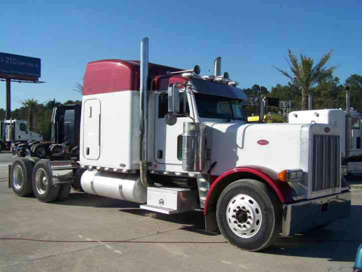 Peterbilt 379 Extended Hood 2006 Sleeper Semi Trucks