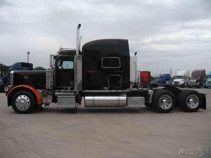 Peterbilt 379 (2006) : Sleeper Semi Trucks