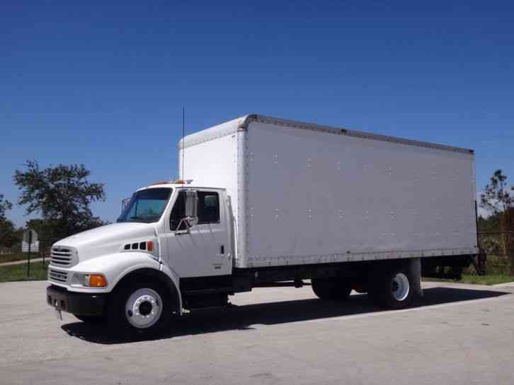 Sterling Acterra 24ft Box Truck (2006)