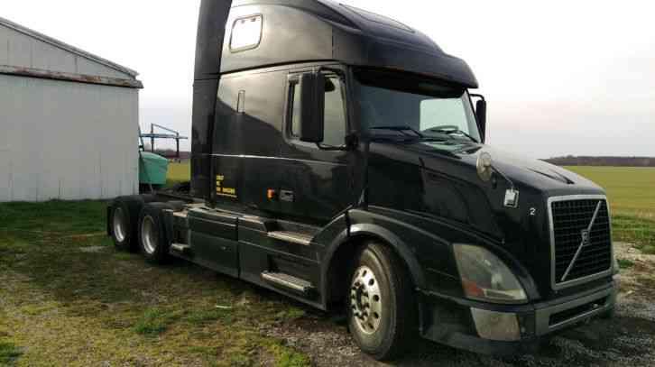 volvo vnl 670 2006 sleeper semi trucks rh jingletruck com 2007 volvo 670 owner's manual volvo 670 manual