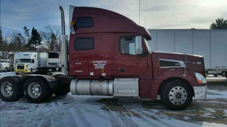 Volvo VT 880 (2006) : Sleeper Semi Trucks