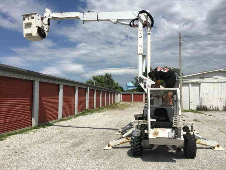Small Truck Tool Box >> Altec P37A (2007) : Bucket / Boom Trucks