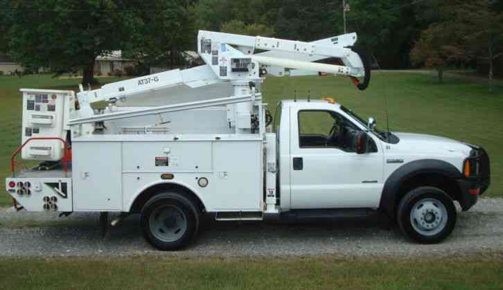 Ford F550 Super Duty Altec Boom 2007 Bucket Boom Trucks