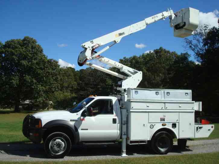 Ford F550 Super Duty Altec Boom 2007 Bucket Boom Trucks