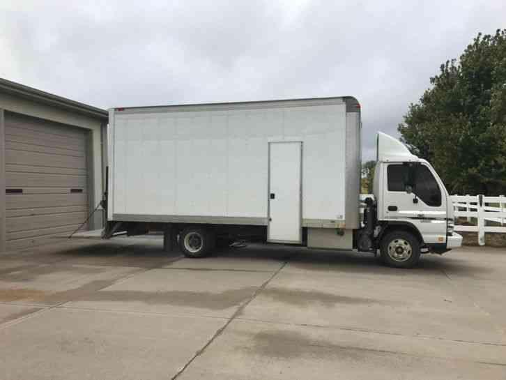 Chevrolet 4500 2007 van box trucks for 18 ft garage door for sale