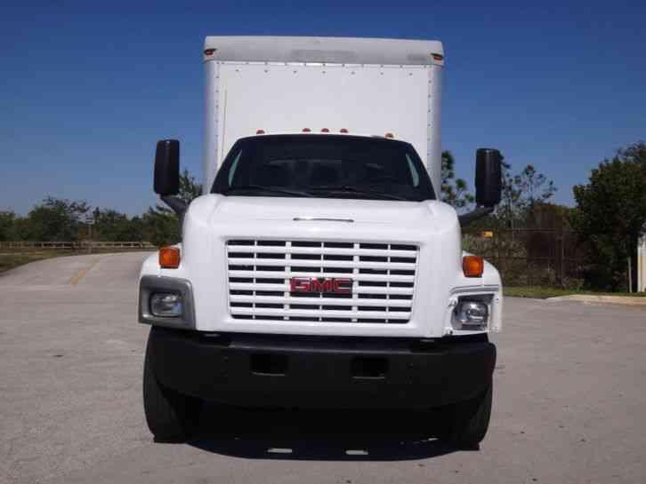 GMC C7500 Box Truck (2007)