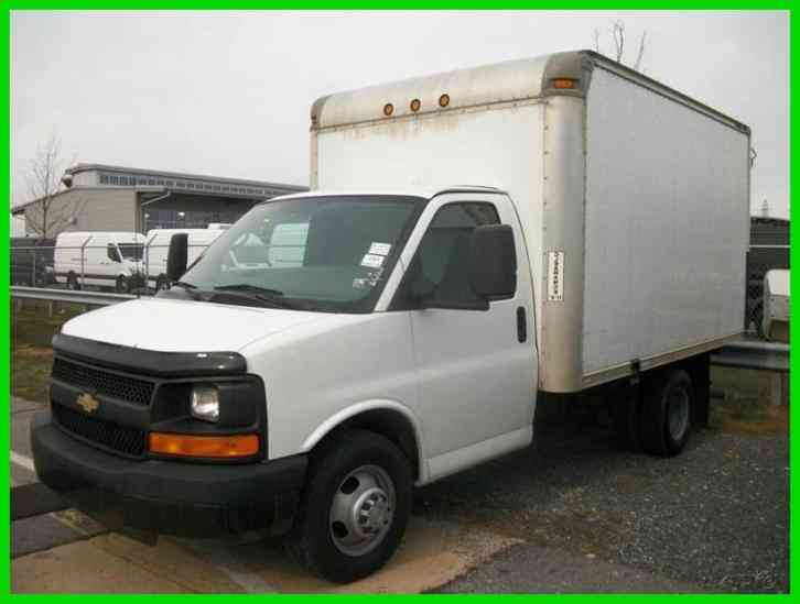Chevrolet Express Cutaway 2007 Van Box Trucks