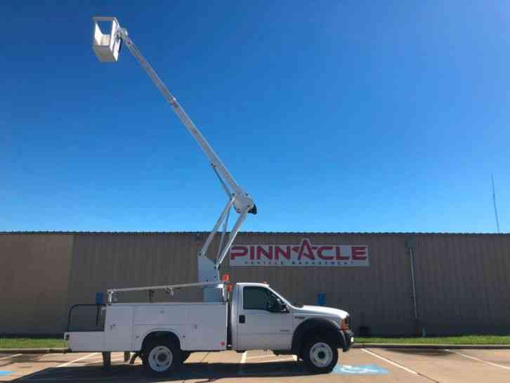 Ford BUCKET TRUCK Super Duty F-450 DRW ETI BUCKET TRUCK (2007)