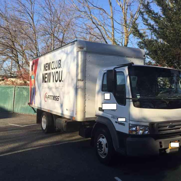 International Utilimaster Step Van (1999) : Van / Box Trucks
