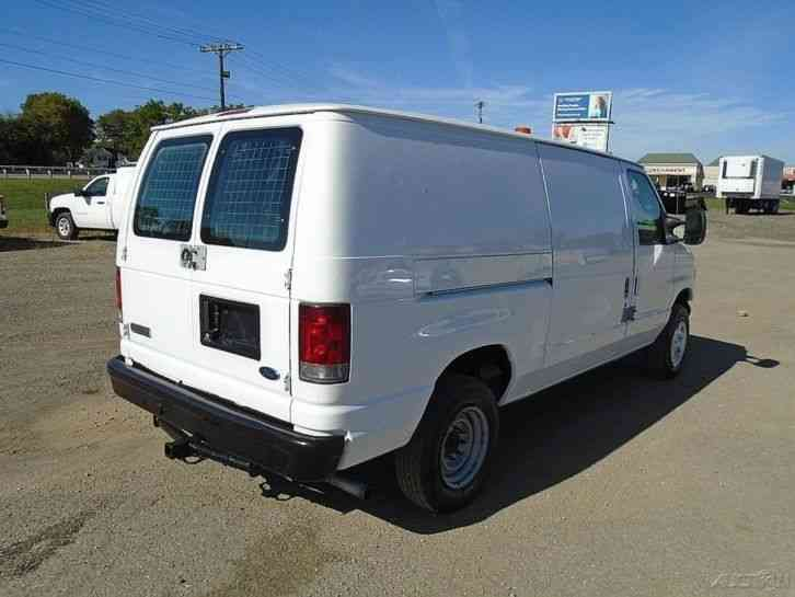 Ford E250  2007    Van    Box Trucks