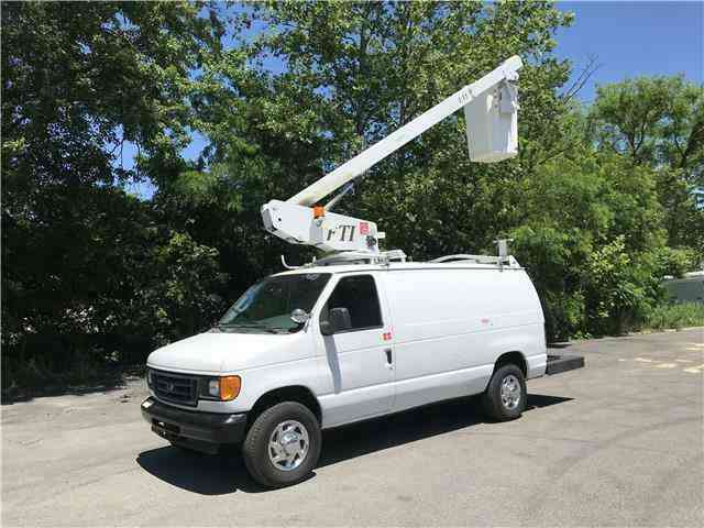 Ford E350 35ft BUCKET TRUCK Commercial Econoline Cargo (2007)