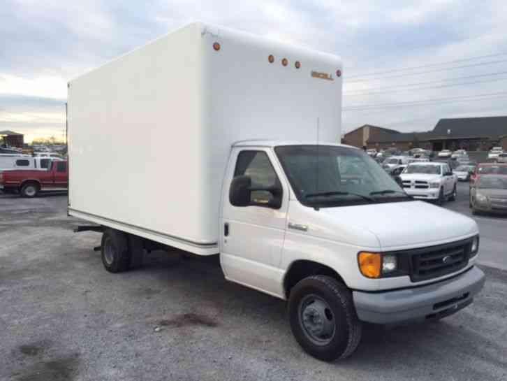 Ford E350 Super Duty 2007 Van Box Trucks