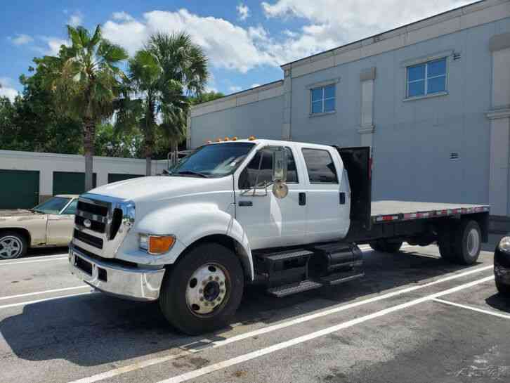 Ford F650 Flatbed Truck (2007)