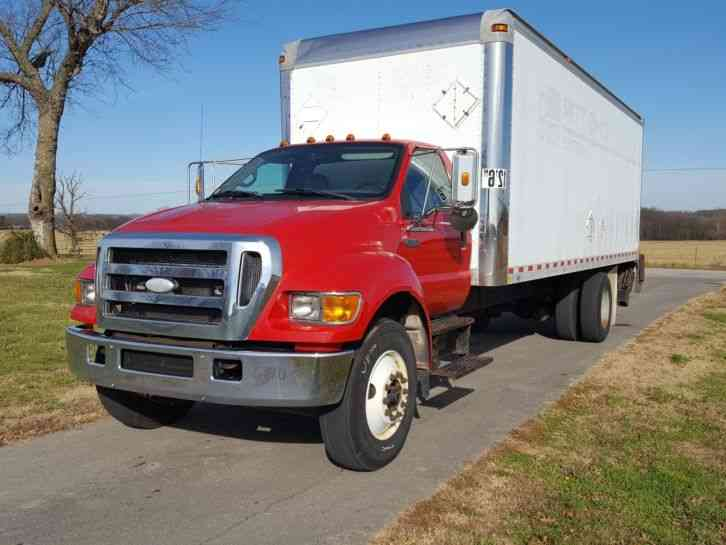 Ford F750 Cummins 5. 9L (2007)