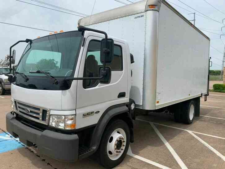 Ford BOX TRUCK POWERSTROEK DIESEL Low Cab Forward (2007)