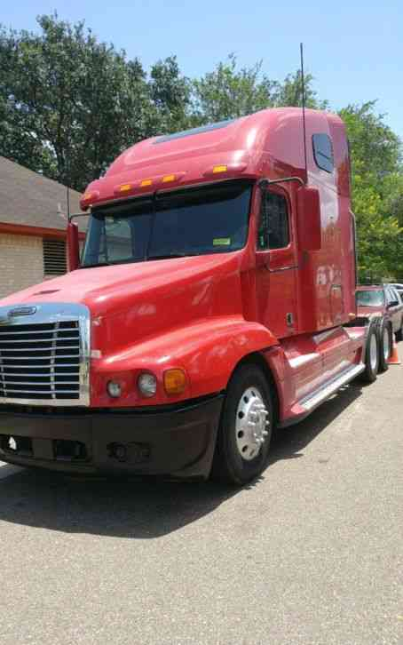 Freightliner Century Class S  T  2007    Sleeper Semi Trucks