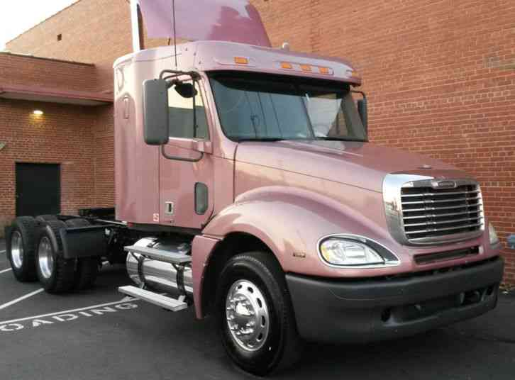 Freightliner columbia 120 2007 sleeper semi trucks - 2007 freightliner columbia interior ...
