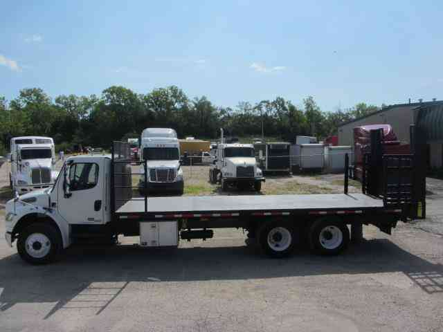 Freightliner M2 Business Class -- (2007)