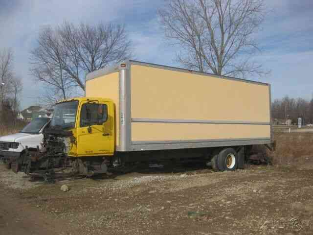 Hino 258  268 24x102x102 Box With Lift Gate           2007    Van    Box Trucks