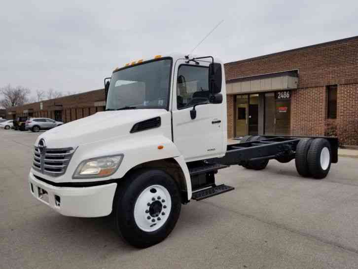 Hino Diesel Auto Under CDL 268 One Owner 73K Miles New Transmission (2007)