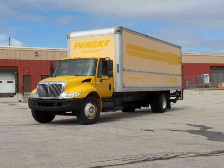 International 4300 2007 Van Box Trucks