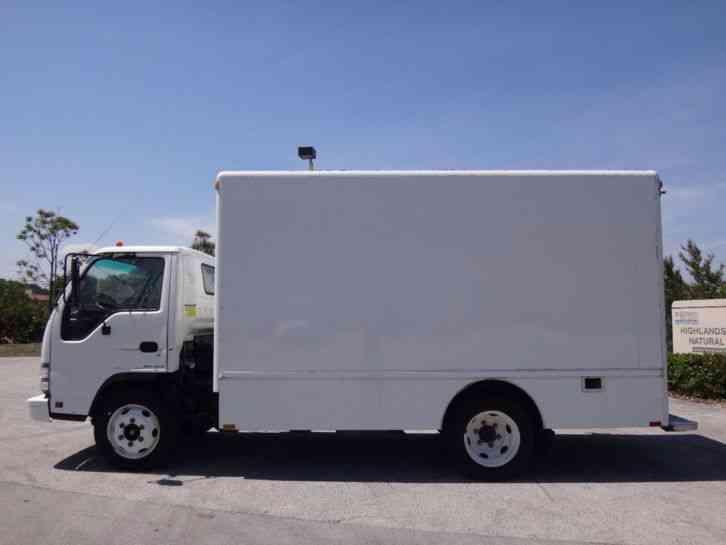 Isuzu NPR Box Truck (2007) : Van / Box Trucks
