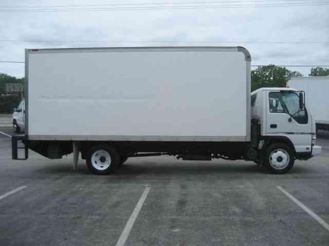 Isuzu Nrr 2007 Van Box Trucks