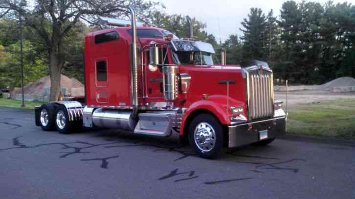 Kenworth W900  2007    Sleeper Semi Trucks
