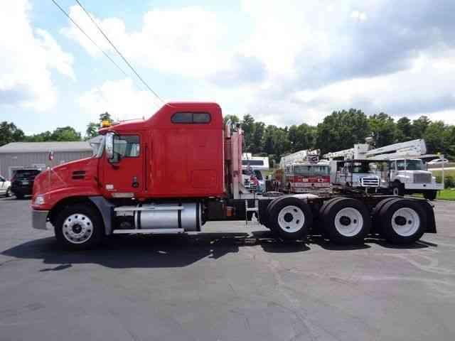 Mack Cxn613 Tri Axle Heavy Hauler Truck 2007 Sleeper