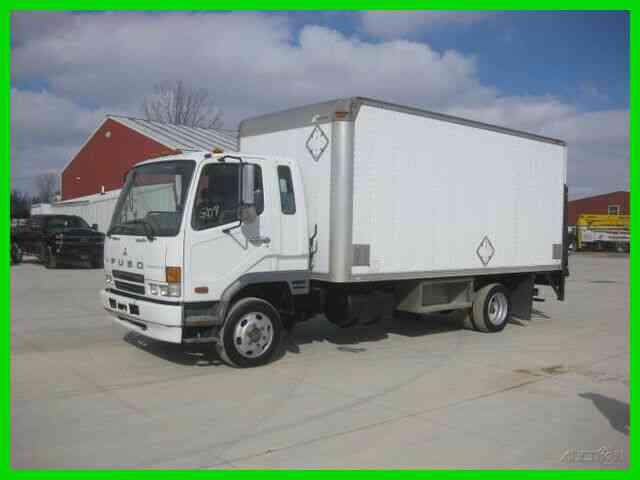MITSUBISHI FUSO FK200 6 CYL TURBO DIESEL AUTO WITH 17 FOOT VAN BODY WITH RAIL LIFT GATE (2007)