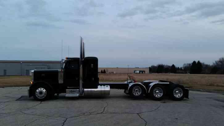 Peterbilt 2007 Sleeper Semi Trucks