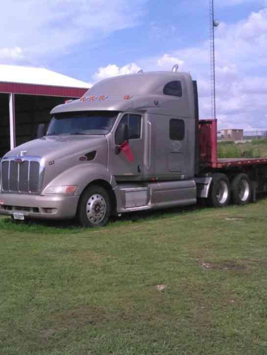 Peterbilt  2006    Sleeper Semi Trucks